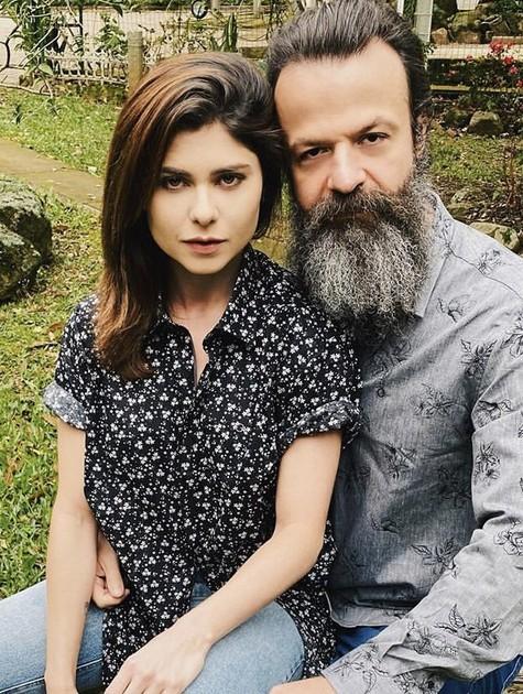 Julianne Trevisol e o namorado, Amon Lima (Foto: Reprodução/ Instagram)