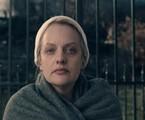 Elisabeth Moss em 'The handmaid's tale' | Divulgação