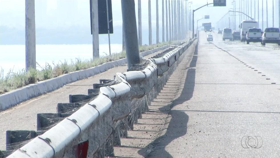 Acidentes tem assustado motoristas que passam pelo local (Foto: Reprodução/TV  Anhanguera)