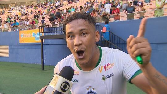 """Vídeo: atacante se empolga com acesso e provoca: """"Um minuto de silêncio ao Caxias que está morto"""""""