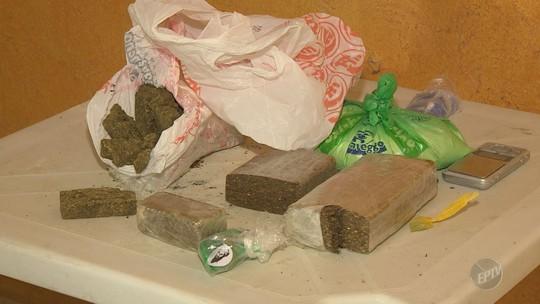 Polícia Militar descobre refinaria de drogas em frente ao Tribunal de Justiça de Sumaré