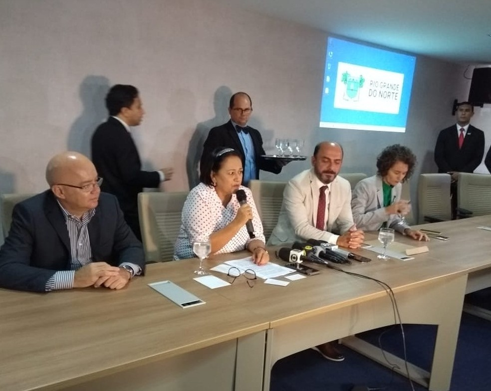 Fátima Bezerra fez anúncio em evento que marcou os 100 dias da gestão — Foto: Acson Freitas/Inter TV Cabugi