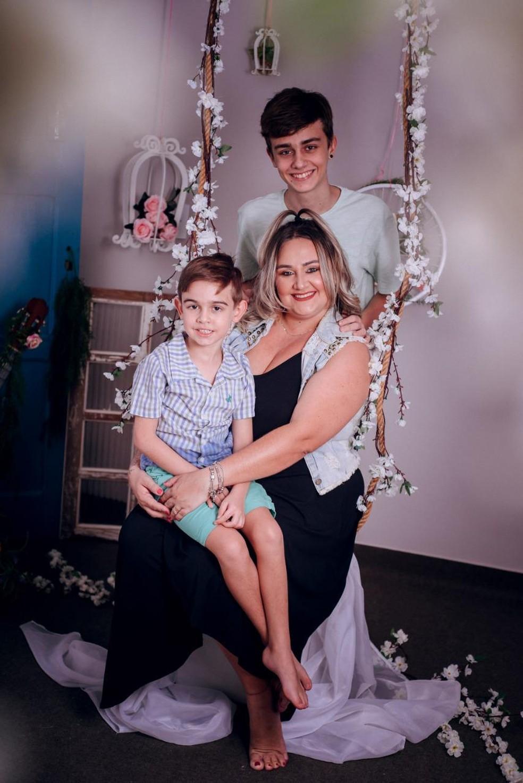 Mariana está com os filhos em casa desde o começo da quarentena — Foto: Mariana Peres / Arquivo pessoal