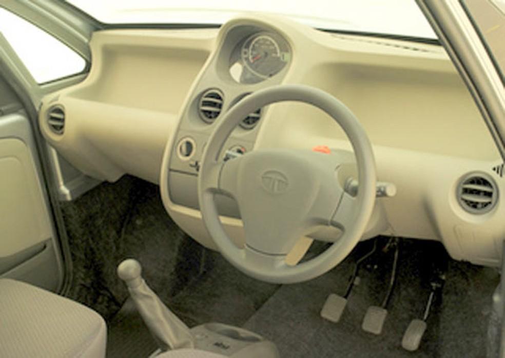 Interior do primeiro Tata Nano (Foto: Divulgação)
