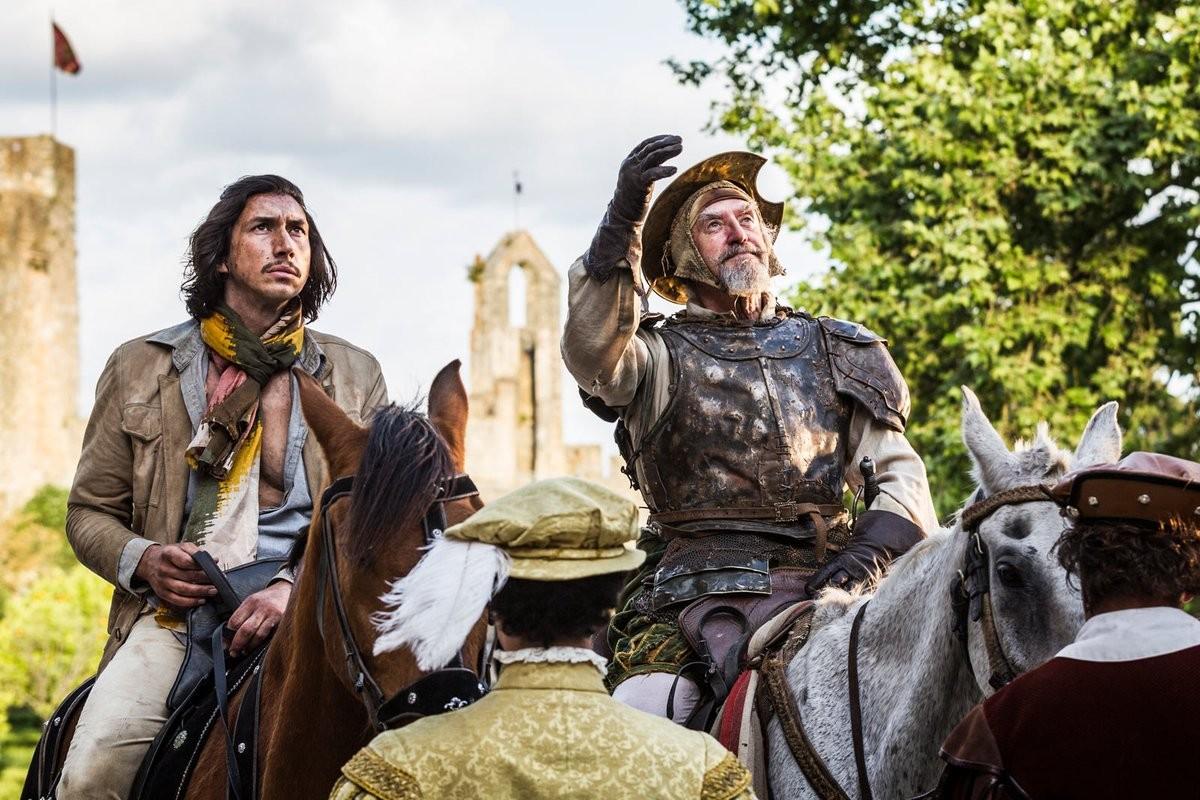 Jonathan Pryce e Adam Driver em O Homem que Matou Don Quixote (2018) (Foto: Divulgação)