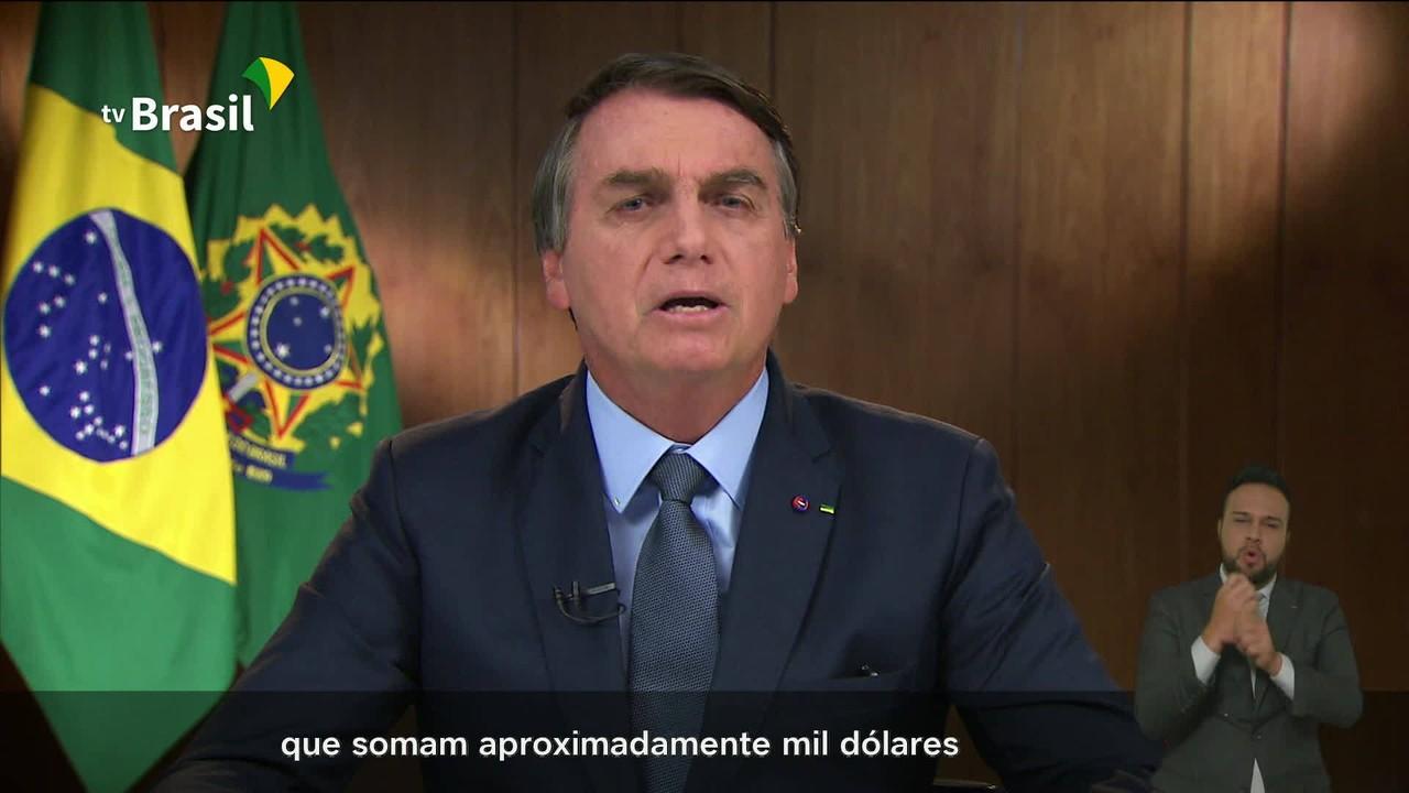 Governo 'implementou medidas econômicas' que evitaram 'um mal maior', diz Bolsonaro