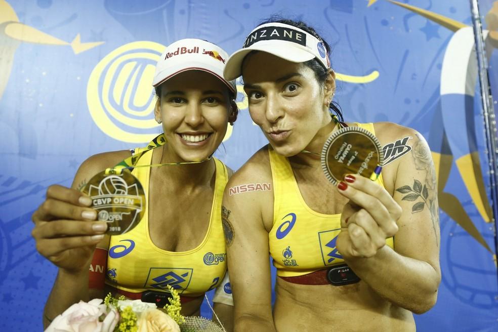 Duda e Ágatha, do vôlei de praia — Foto: William Lucas/Inovafoto/CBV