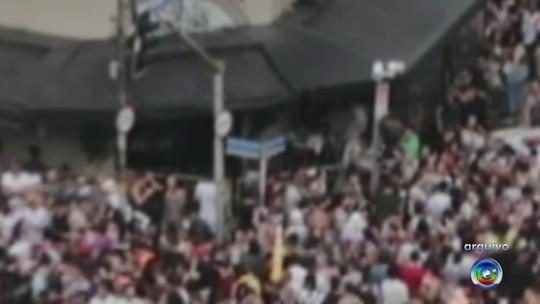 Laudo do IML confirma que folião morreu eletrocutado após encostar em poste em SP