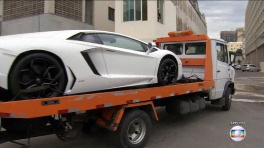 Lamborghini de Eike Batista encalha em leilão