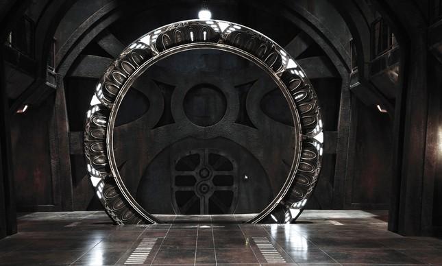 Um dos portais da franquia Stargate