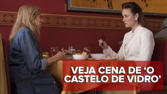 Brie Larson tenta convencer a mãe a sair das ruas em cena de 'O castelo de vidro'; veja