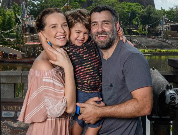 Fernanda Rodrigues, Bento e Raoni Carneiro (Foto: Divulgação)