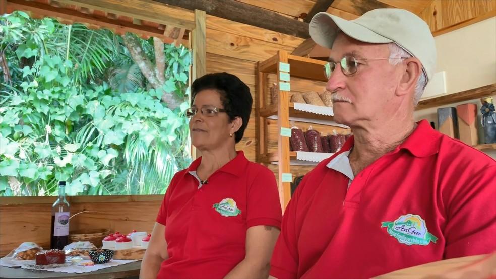 Casal investiu na agroindústria em Venda Nova do Imigrante, no Espírito Santo — Foto: Reprodução/ TV Gazeta