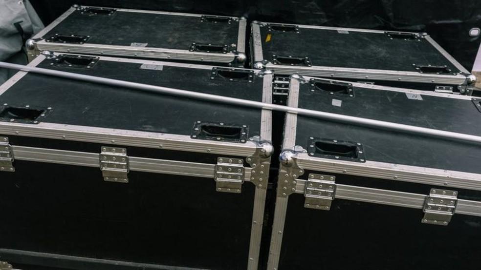 Ghosn escapou do Japão em caixa de instrumento musical — Foto: Getty Images/Via BBC