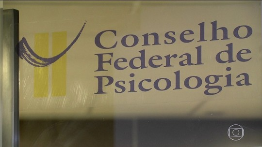 Juiz autoriza psicólogos a tratarem homossexuais como doentes