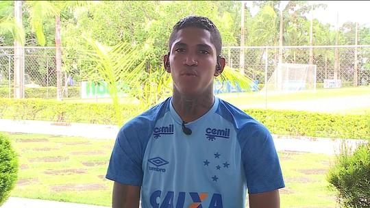 Raniel fala sobre gol e vitória do Cruzeiro sobre o Atlético-MG