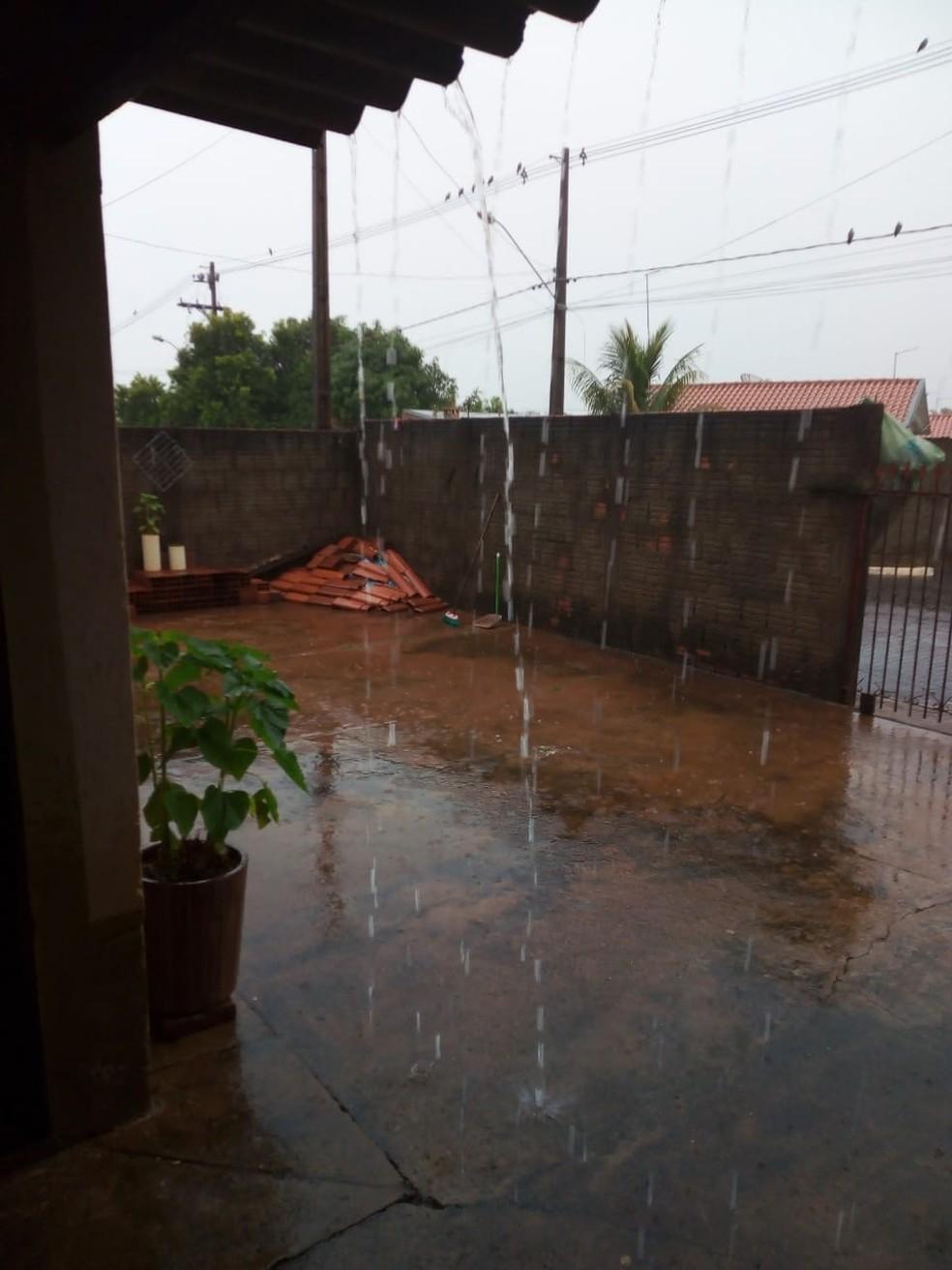 Chuva em Tarabai — Foto: Ricardo Joerke/Cedida