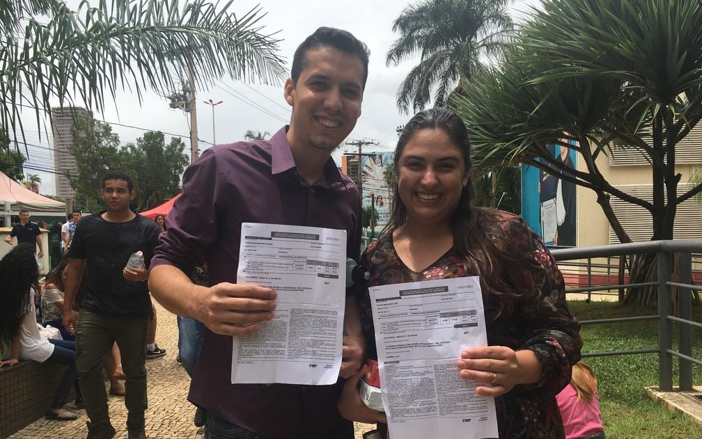 Enem 2018 - Domingo (4) - Goiânia (GO) - Casal vai fazer a prova na mesma sala — Foto: Vanessa Martins/G1