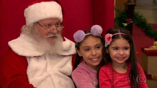 Conheça a dura rotina de trabalho de quem vira Papai Noel no fim do ano
