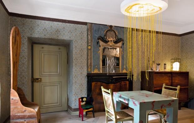 Móveis e obras raras ocupam mansão do século 16 na Suíça (Foto: Filippo Bamberghi)