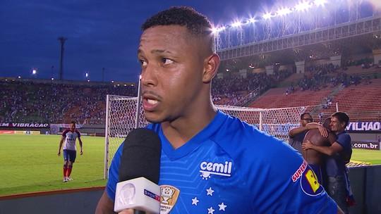 David comemora bom ano com a camisa do Cruzeiro e projeta novas conquistas