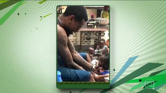 Felipe Santana, do Atlético-MG, deixa férias de lado para ajudar projeto social no Togo