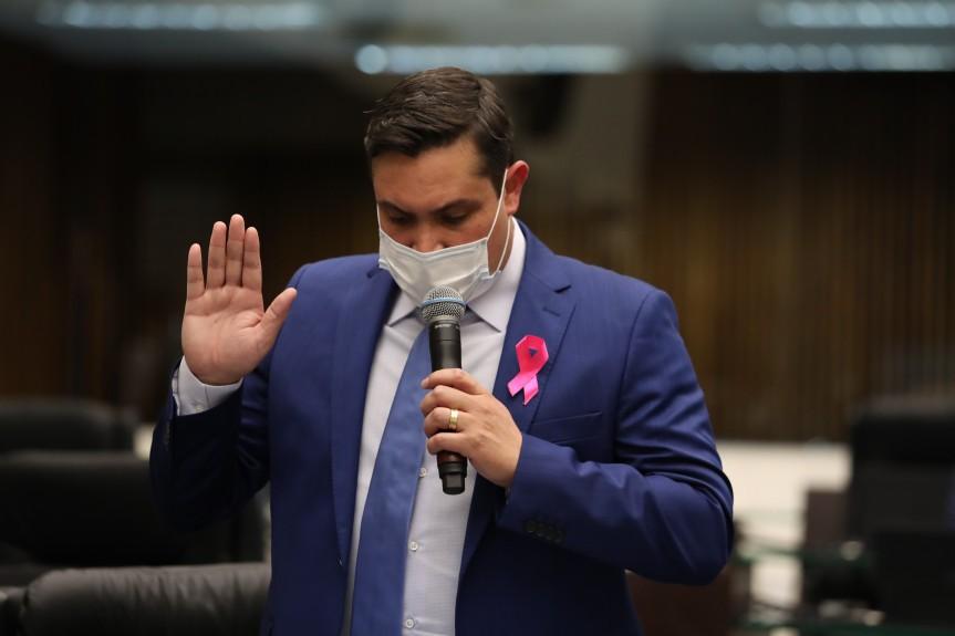Cassiano Caron (PSL) assume cargo de deputado estadual no Paraná