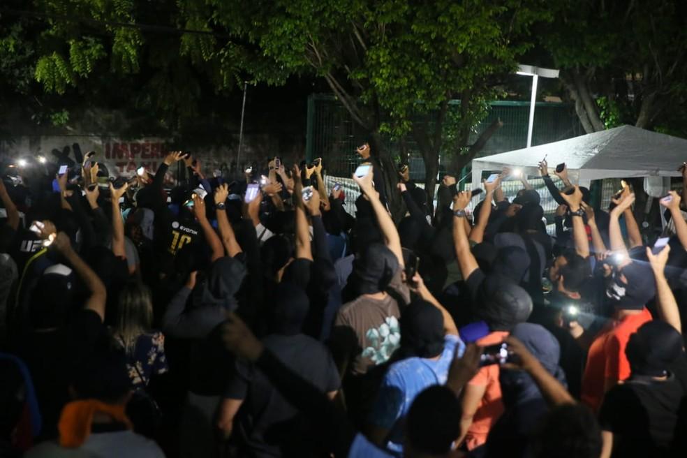 Policiais foram presos no Ceará por abandono de trabalho — Foto: Kid Junior/SVM