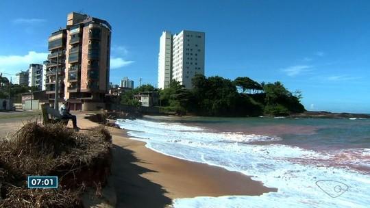 Moradores reclamam de obra parada em Praia do Riacho, Guarapari, ES