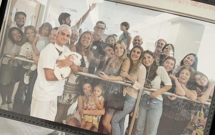 Fotos em família de Mariana Uhlmann  (Foto: Reprodução)