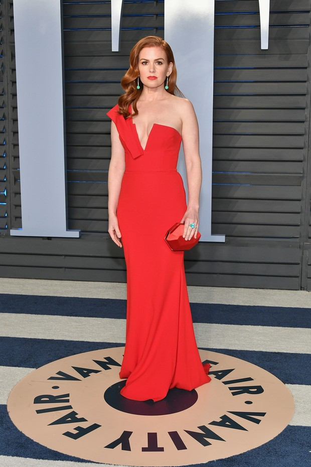 BEVERLY HILLS, CA - MARCH 04:  Isla Fisher attends the 2018 Vanity Fair Oscar Party hosted by Radhika Jones at Wallis Annenberg Center for the Performing Arts on March 4, 2018 in Beverly Hills, California.  (Photo by Dia Dipasupil/Getty Images) (Foto: Getty Images)