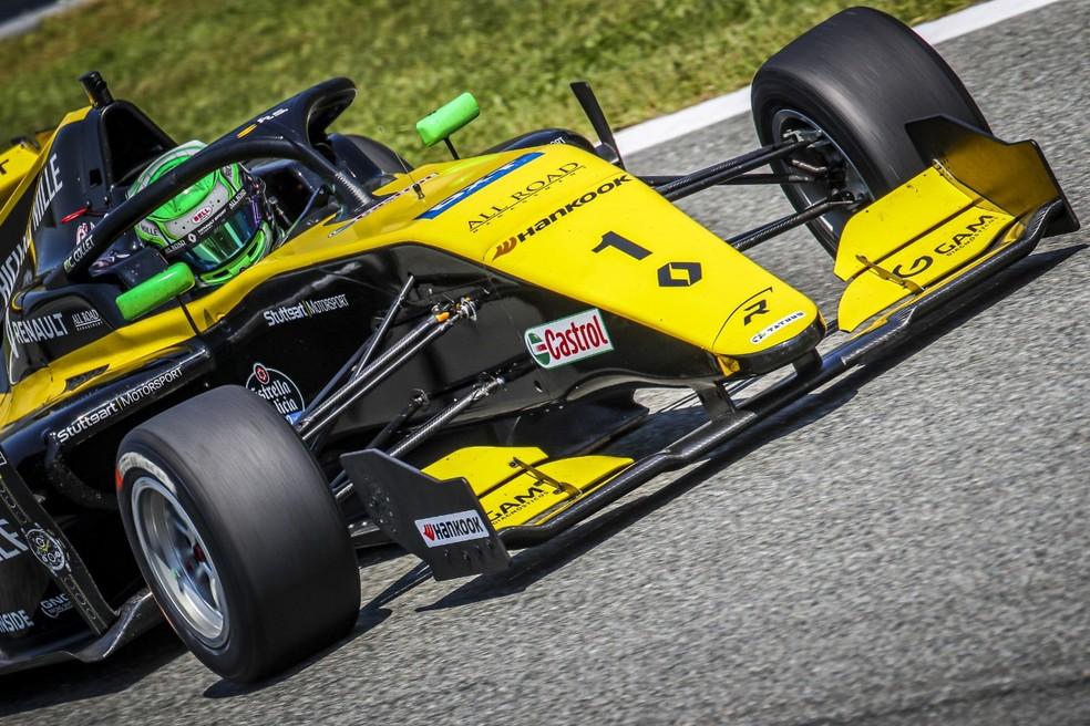 Caio Collet pilota no circuito de Monza — Foto: Divulgação/Gregory Lenormand/DPPI