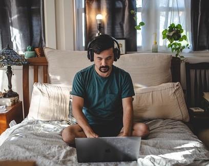 Home office: saiba como montar uma empresa só com seu computador