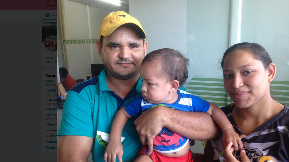 Casal diz que tratamento do pequeno Luís Miguel  custa por mês cerca de R$ 32 mil.  (Foto: Gioras Xerez/G1 Ceará)