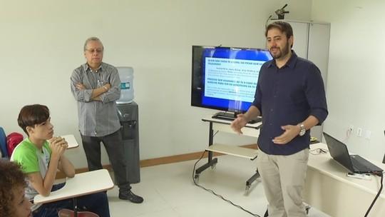 Mundo Senai recebe palestra sobre sinal digital.