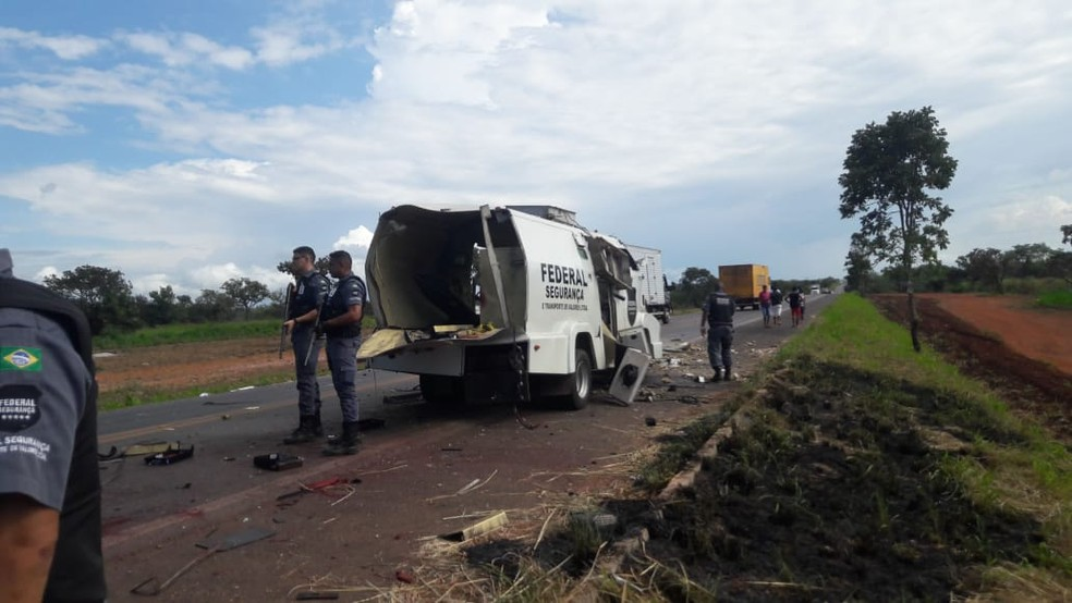 Ainda não há informação de feridos  — Foto: Divulgação