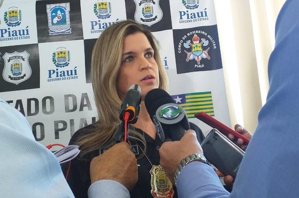 Delegada Tatiana Trigueiros, da Deccor.  — Foto: Gilcilene Araújo/G1