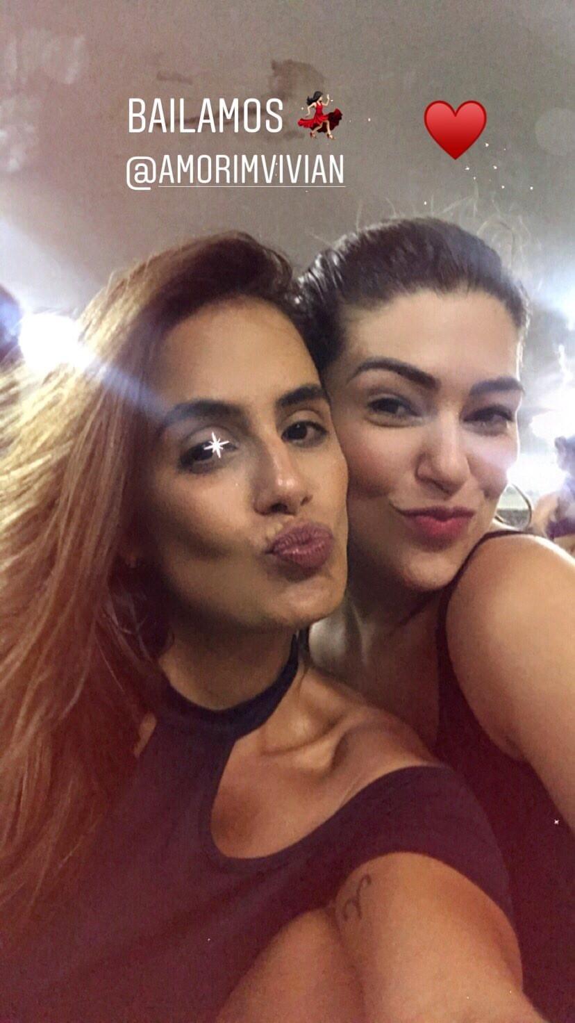 Carol Peixinho e Vivian Amorim (Foto: Reprodução/Instagram)