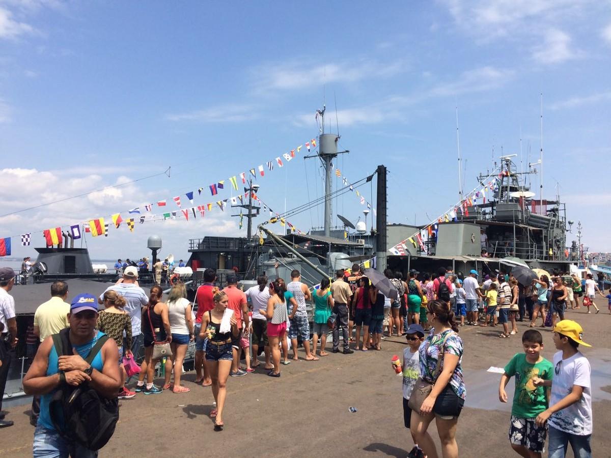 Marinha do Brasil abre navios para visitação no Porto de Manaus