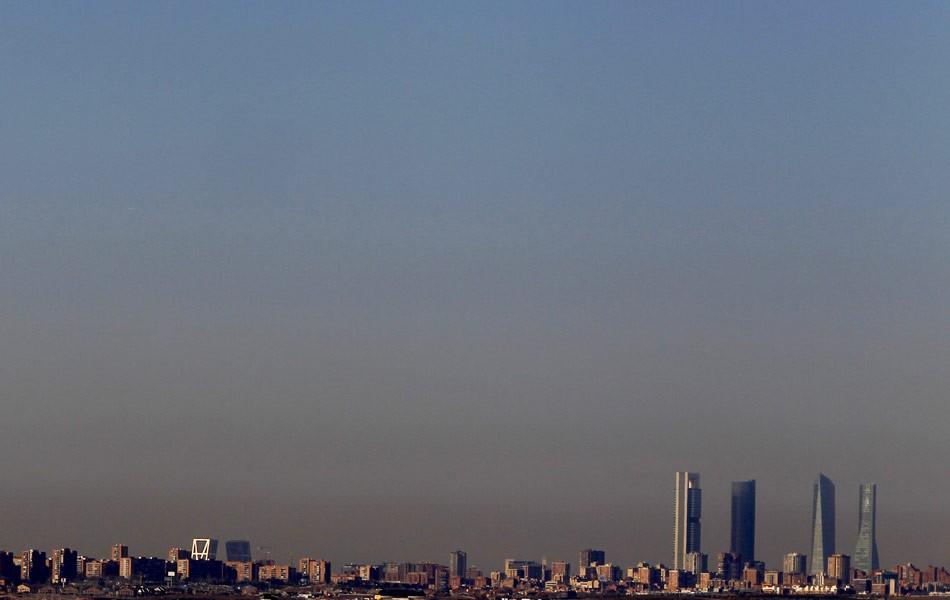 União Europeia quer acabar com venda de carros até 2030 para alcançar meta do Acordo de Paris