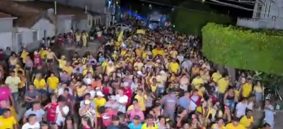Aglomeração durante evento político no interior do Rio Grande do Norte — Foto: Reprodução