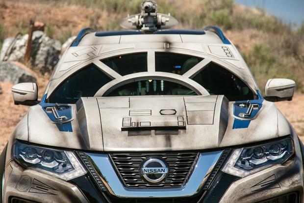 Nissan exibe edição especial de modelo Rogue inspirado em Millenium Falcon (Foto: Reprodução)