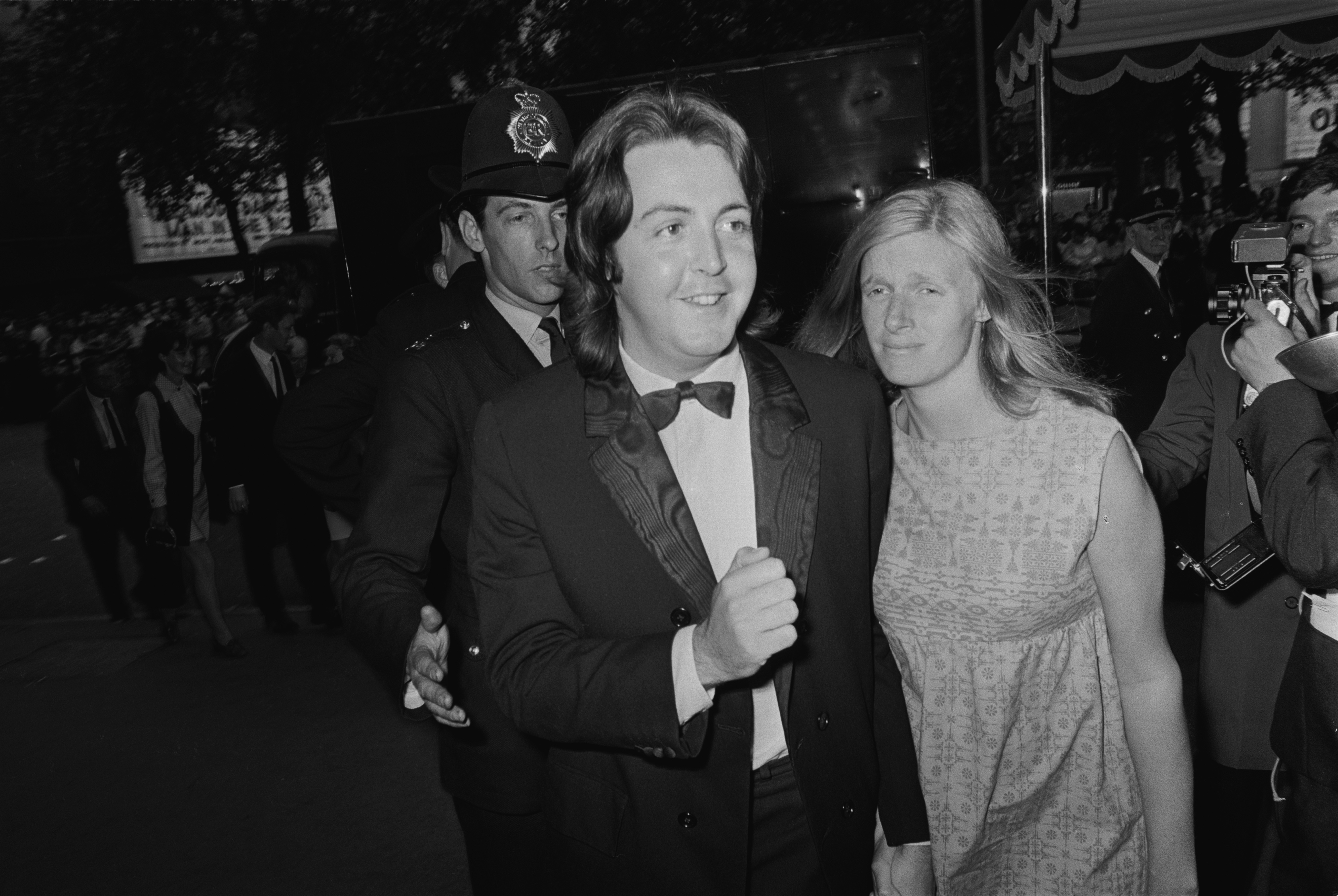 O músico Paul McCartney em foto com a esposa Linda (1941-1998) (Foto: Getty Images)