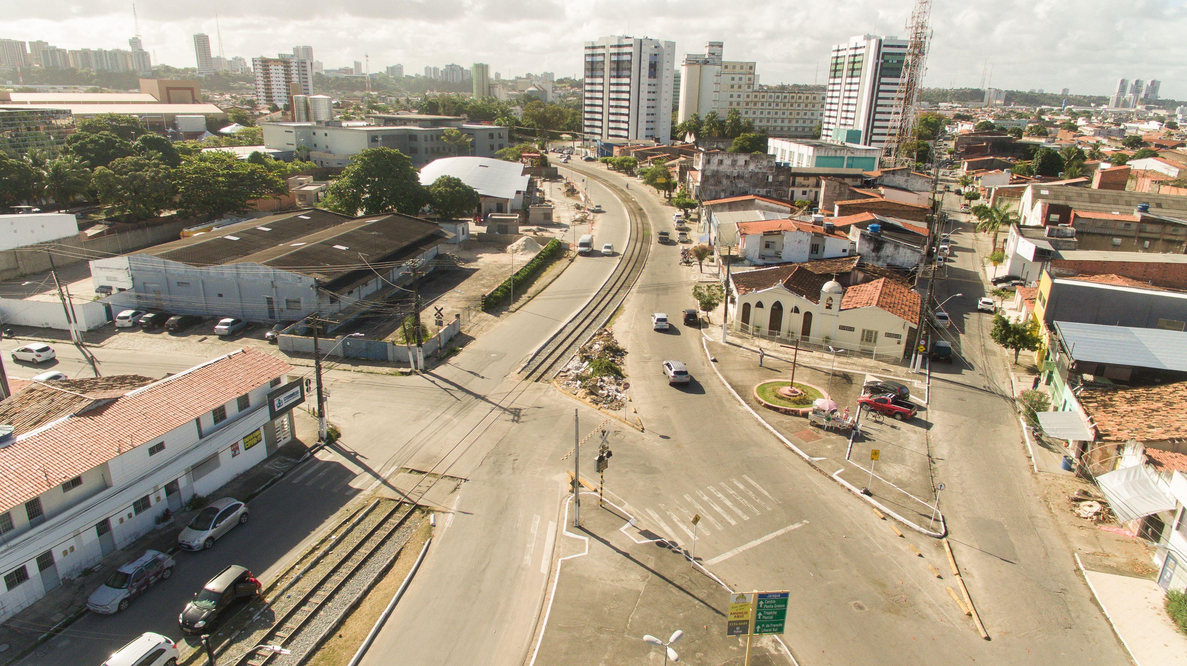 Avenida em Jaraguá, Maceió, é interditada novamente a partir de segunda-feira