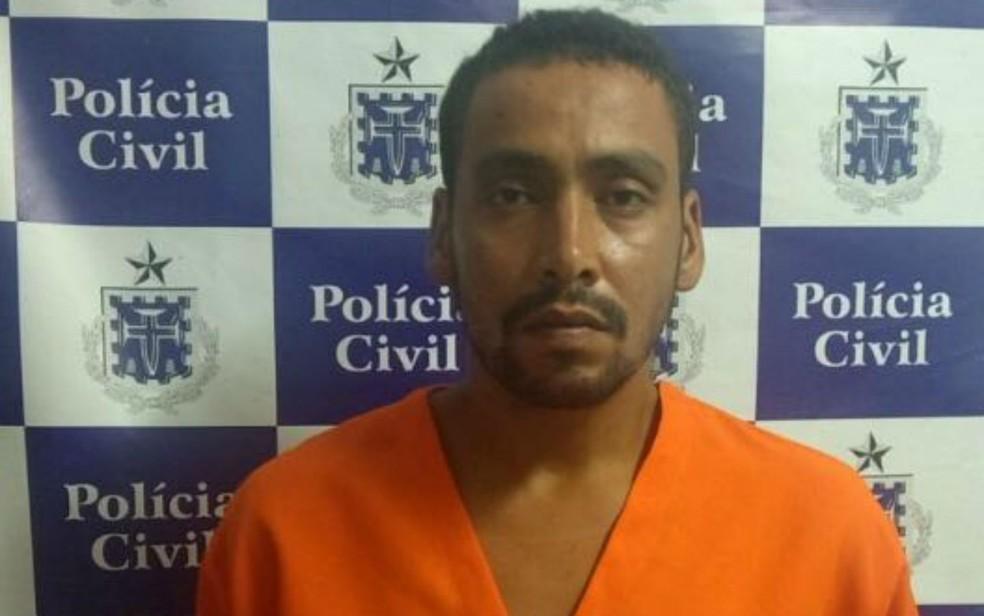 Suspeito foi preso após matar mulher em Eunápolis (Foto: Divulgação/Polícia Civil)