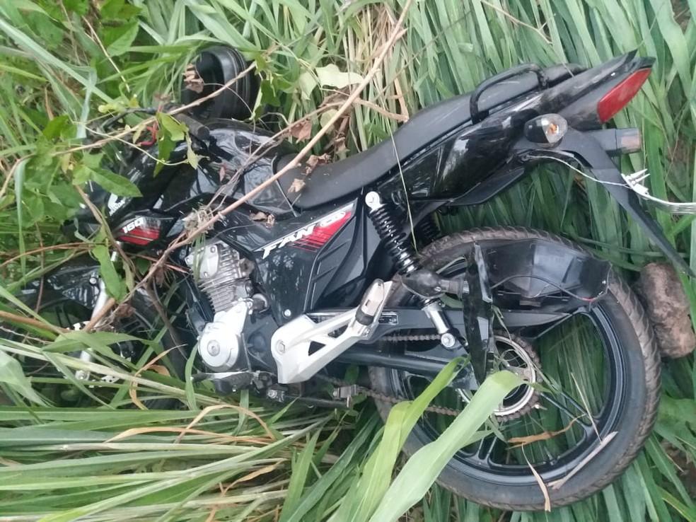 Passageira de motocicleta morre em acidente na BR-010 — Foto: Divulgação/Polícia Rodoviária Federal
