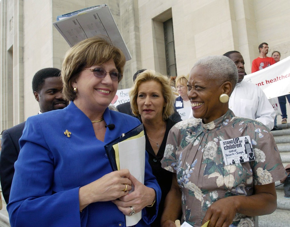 Sadie Roberts-Joseph (à direita), em foto de 2004. — Foto: Arthur D. Lauck/The Advocate via AP