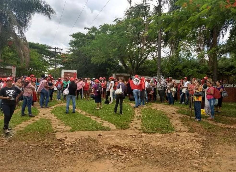 Protesto aconteceu neste sábado (25) em Avaré (Foto: Divulgação/MST)