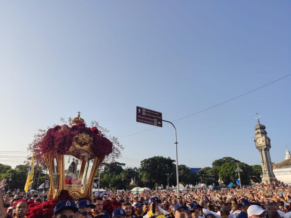 Círio 2019 - Chegada da berlinda na Praça do Relógio — Foto: Gabriel Buenãno/Ascom Guarda de Nazaré
