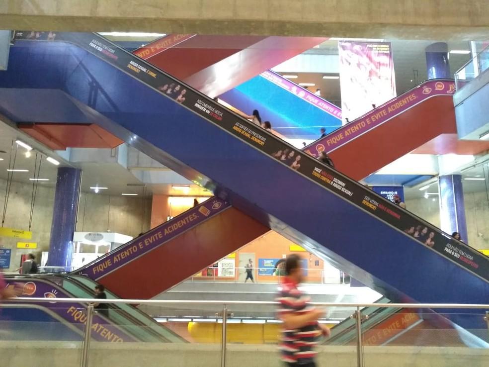 Estação do Metrô Pinheiros, em São Paulo, vazia na manhã desta terça-feira (17) em meio a medidas do governo do estado e da prefeitura da capital para reduzir a circulação de pessoas  — Foto: Laís Modelli/G1